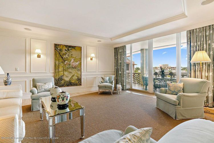 Rudy Giuliani And Estranged Wife Selling Palm Beach Condo For 3 3m Beach Condo Condo Palm Beach