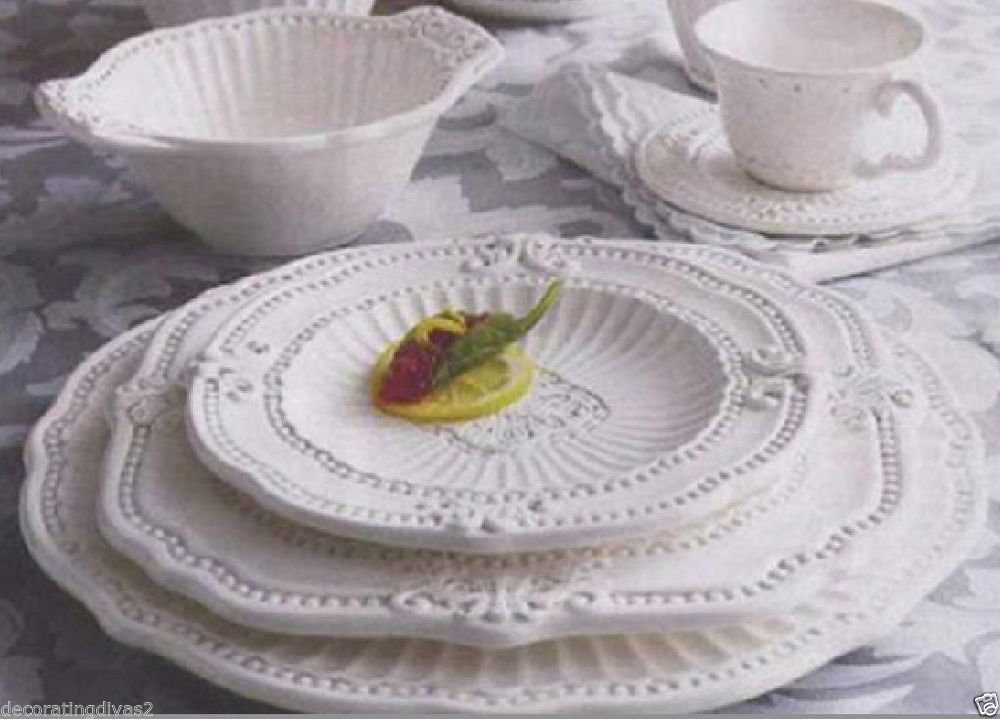 Dinnerware Set 20 Piece Antique White Ceramic Formal Dining Elegant Dishes  Cups