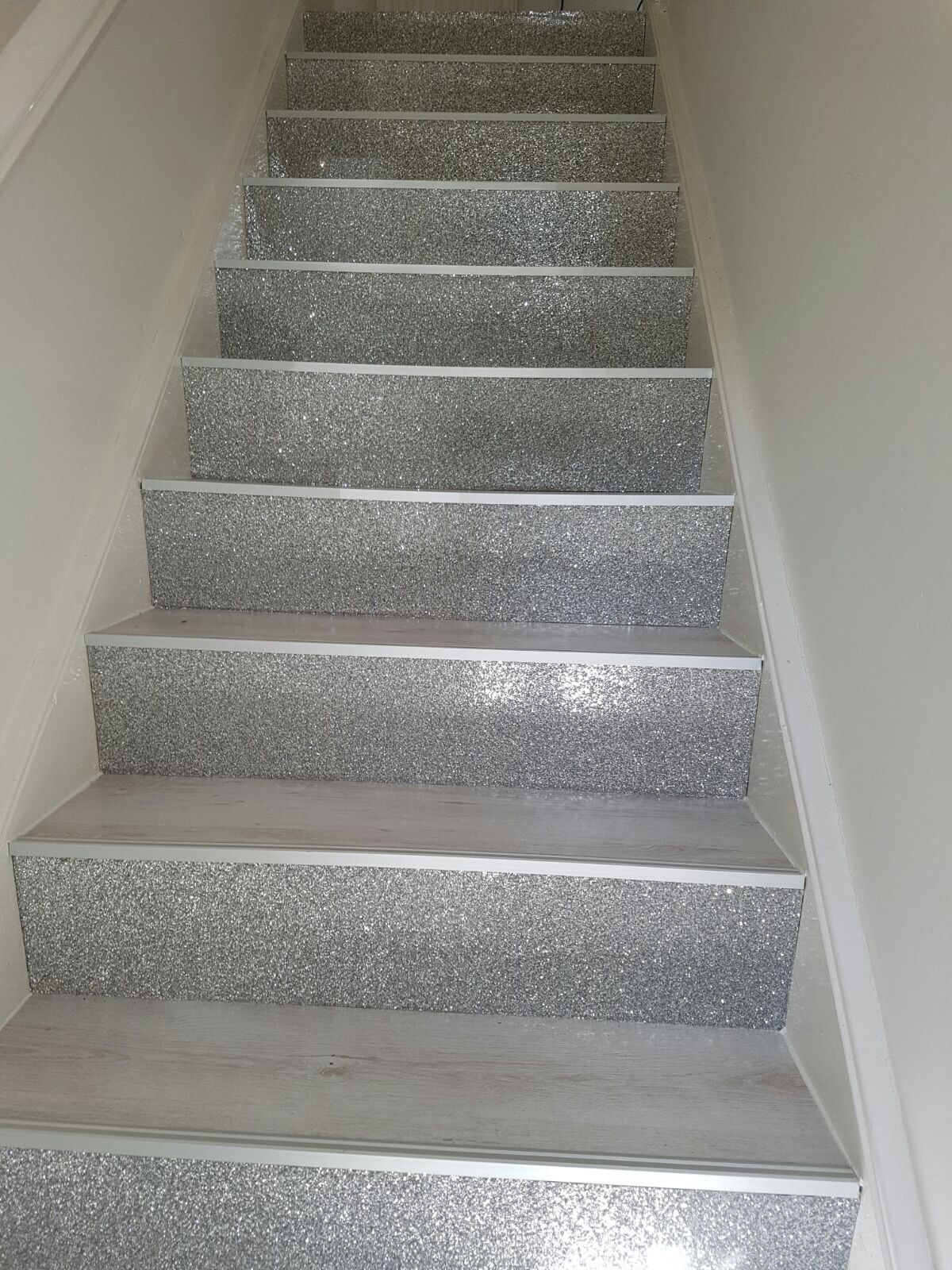 Pin By Connie On Bling And Sparkle Glitter Stairs   Glitter Stairs With Carpet