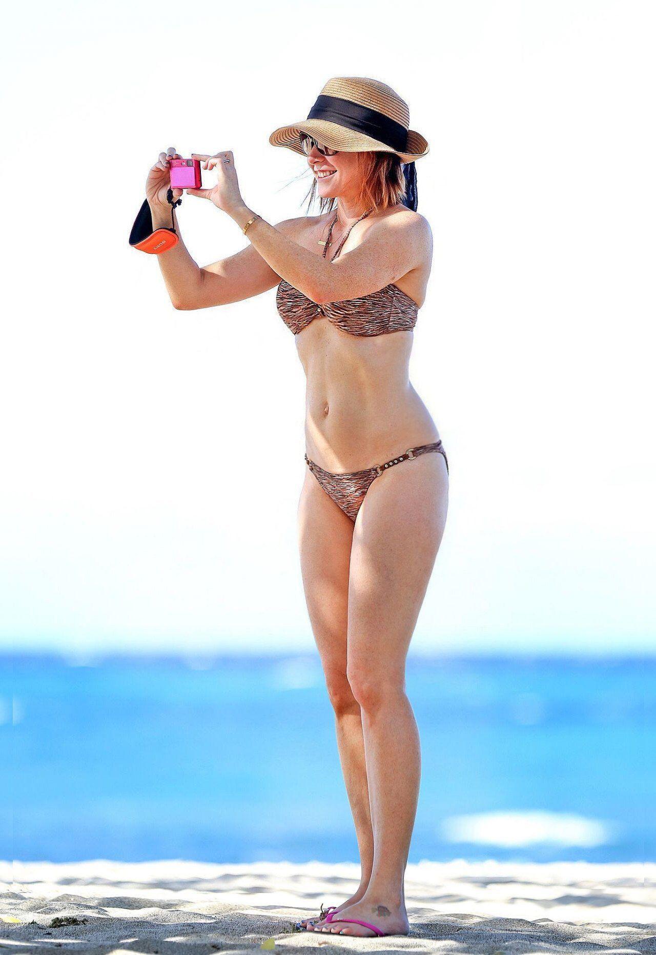 Bikini Alyson Hannigan naked (23 photos), Ass, Is a cute, Twitter, braless 2018