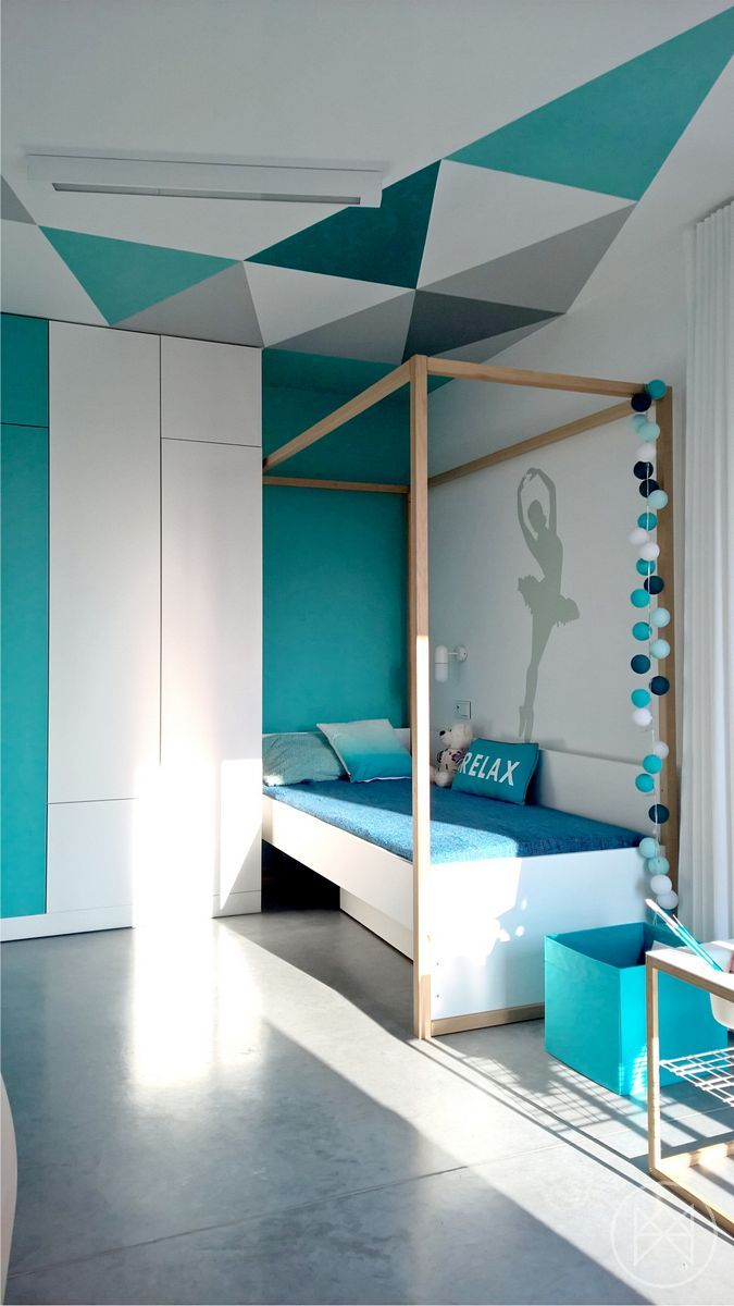 Schlafzimmer Ideen Minze Minimalist | Minimalist Home Uses Aqua To Accent Angles Http Freshome Com