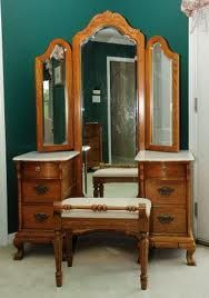 Lexington Victorian Sampler Vanity With Tri View Mirror And Bench Victorian Bedroom