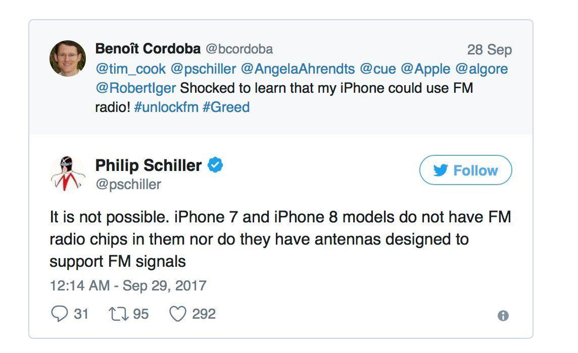 """Phil Schiller vs. FCC: """"iPhone 7 & 8 besitzen keine FM-Radio-Chips mehr!"""" - https://apfeleimer.de/2017/09/phil-schiller-vs-fcc-iphone-7-8-besitzen-keine-fm-radio-chips-mehr - US-Behörden und insbesondere die FCC wollen Apple zwingen, in ihren iPhone eine FM-Radio-Chip für normalen Radioempfang zu aktivieren. Vor dem Hintergrund aktueller Katastrophen wie den Hurrikanes in Texas, wäre es wichtig, wenn in Krisenzeiten auch der Empfang von Radiowellen über iPhone und Co."""