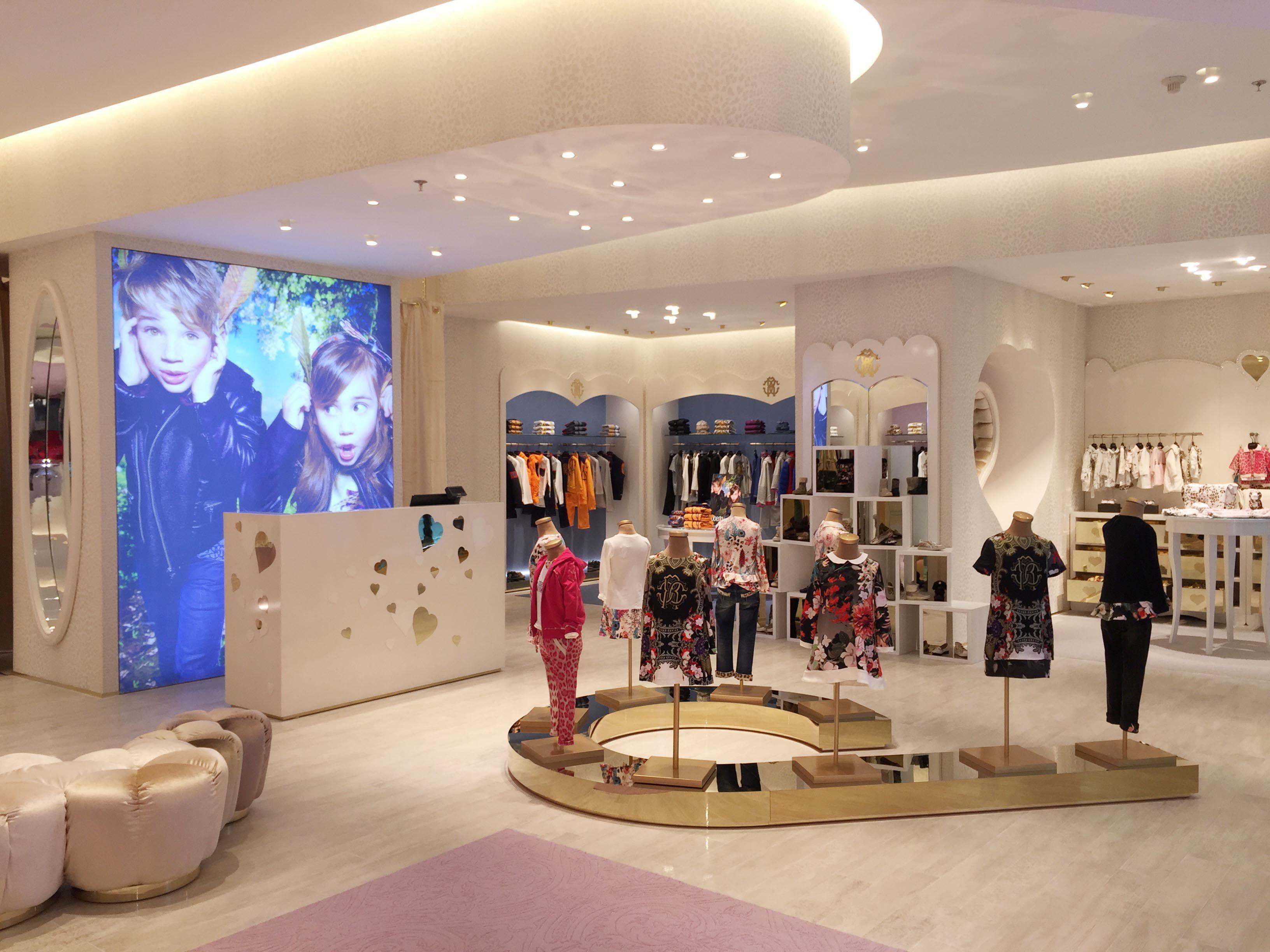 Riyadh Gallery الرياض جاليري Roberto Cavalli Luxury Shop Retail Design