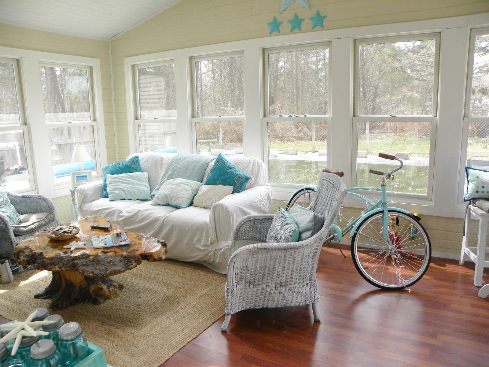 Wonderful simple rattan sunroom decorating ideas