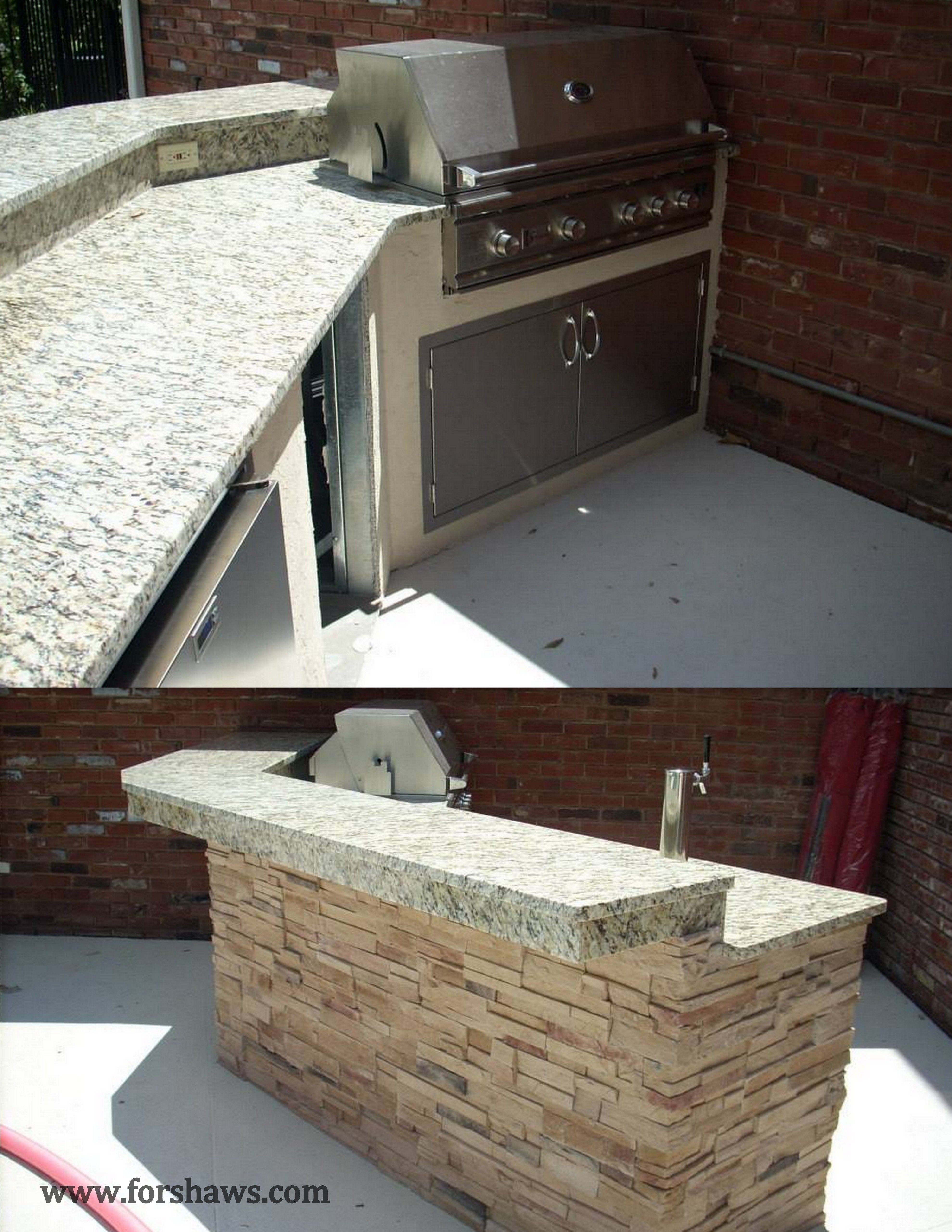 Custom Outdoor Kitchen With Granite Counters Stucco Front