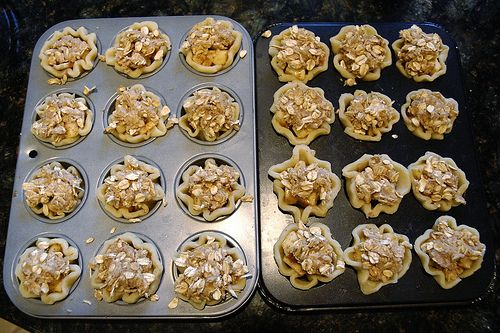 mini apple pies with a scoop of ice cream I bet these are delish