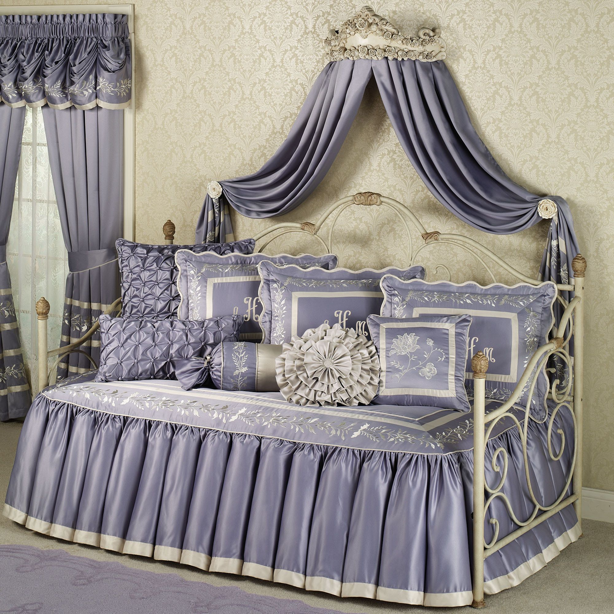Bedroom. Cool White Metal Daybed With Purple Curtain