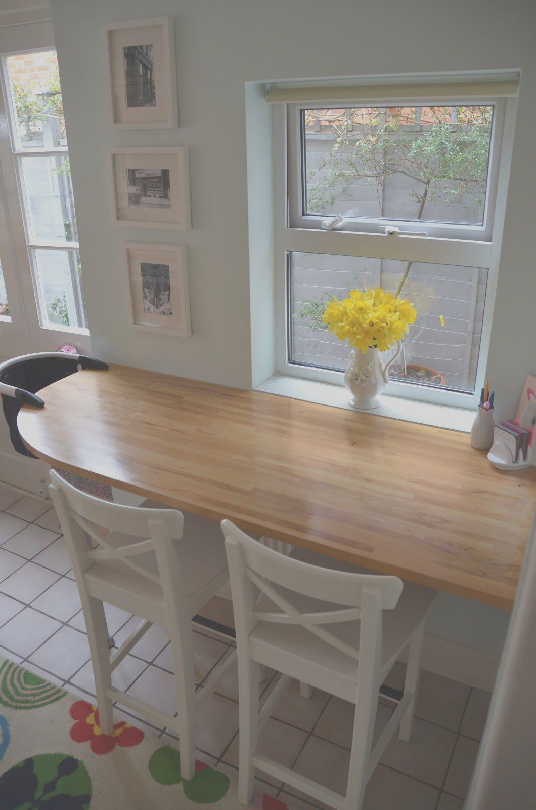 9 Acceptable Kitchen Table Ideas for Small Kitchens ...