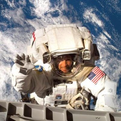 day in the life of an astronaut in space - photo #3