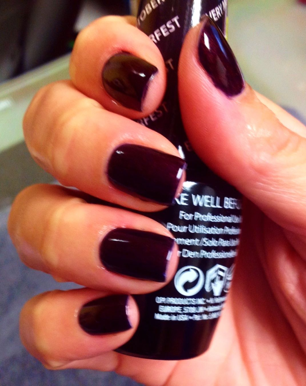Dark Fall/Winter nails using OPI :Every Month Is Octoberfest - gel polish - dark  nails - fall nails - winter nails - OPI Germany collection