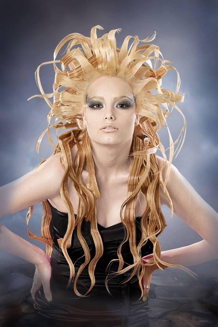 Medusa Kostum Ausgefallene Frisur Und Schminke Fasching Makeup
