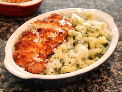 Wilde in the Kitchen: Spinach & Gorgonzola Cavatappi