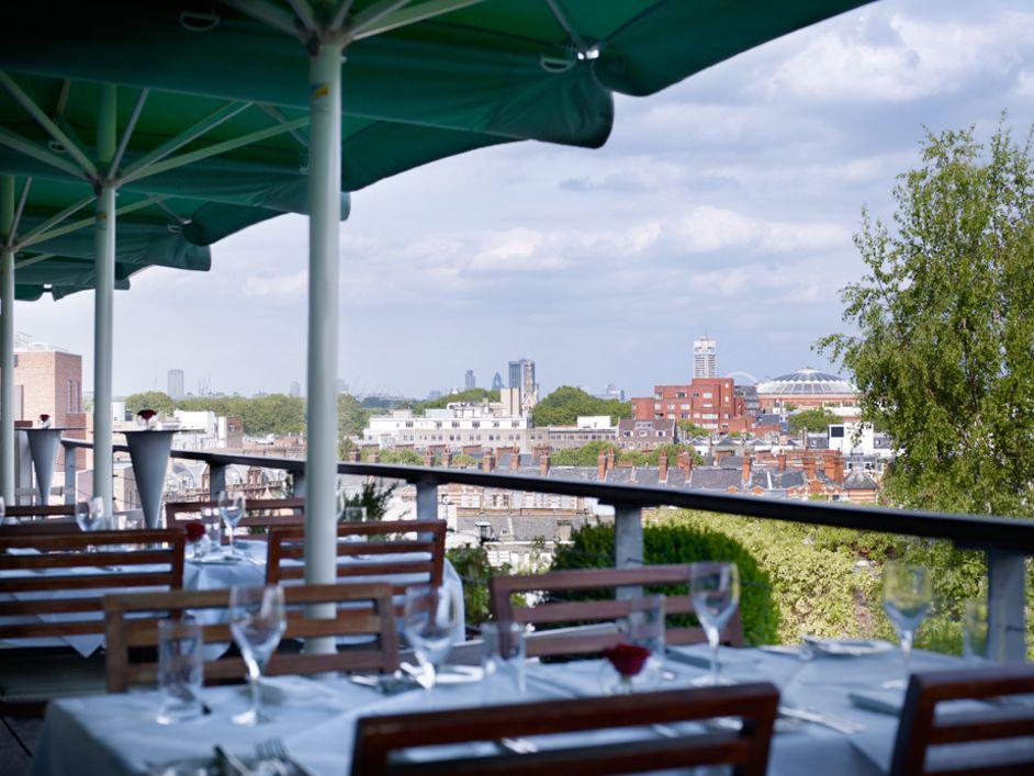 Pin By Tami Sisson On Alfresco London Best Restaurants London London Restaurants Rooftop Restaurant London