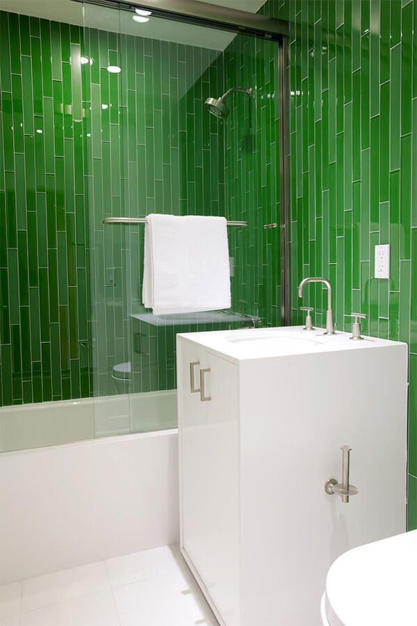 Attirant Deep Green Bathroom Tiles