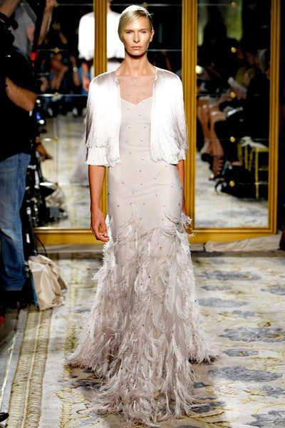 See the complete Marchesa Spring 2012 Ready-to-Wear collection.