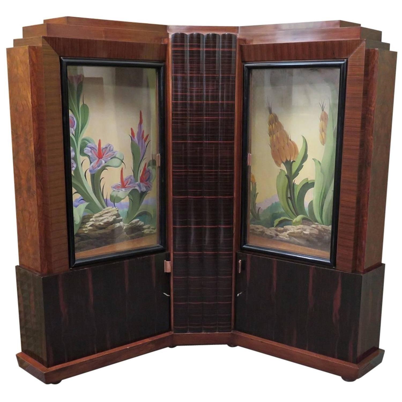 Wonderful Corner Cupboard Attributed to Piacentini 1