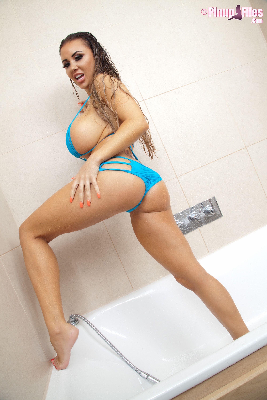 Is a cute Danniella Levy nude (34 foto and video), Pussy, Paparazzi, Feet, in bikini 2019