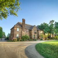 $1,095,000, 4 beds, 3.5 baths, 5172 sq ft in Nichols Hills, OK 73116. For more information, contact Wyatt Poindexter, Keller Williams NW, 405-417-5466