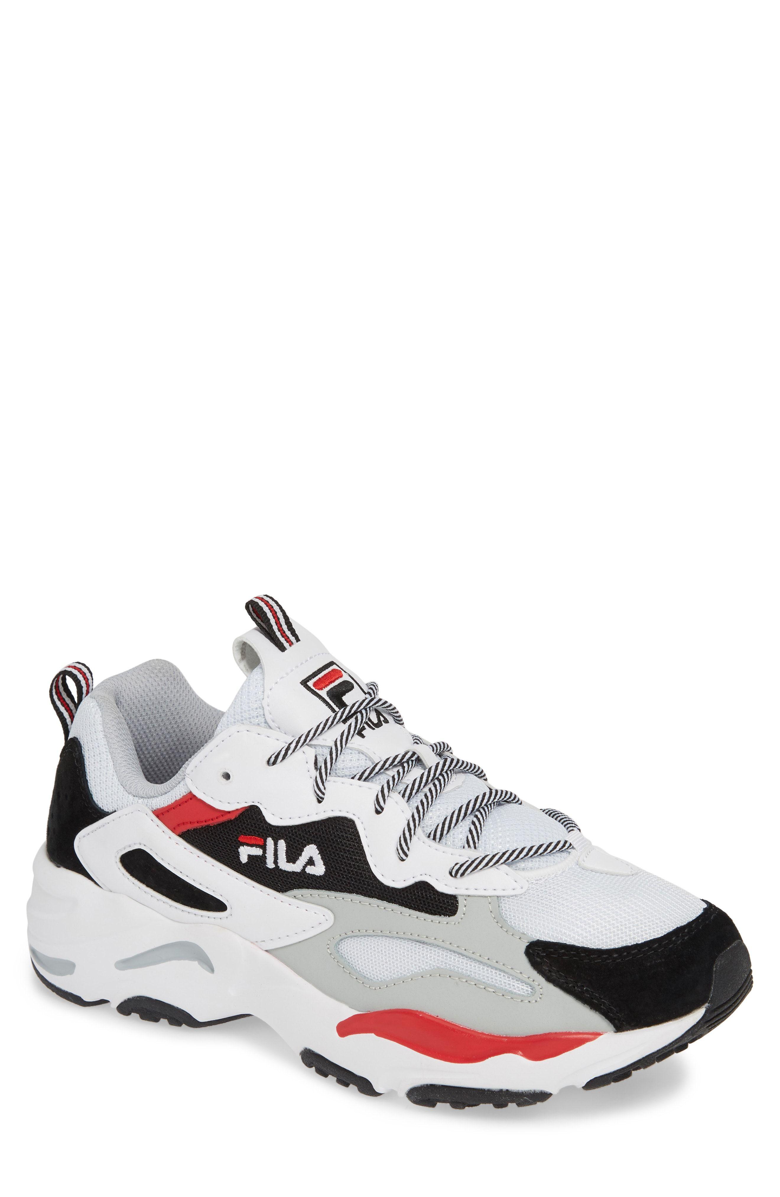 White Fila In 2019 Ayakkabılar Tracer BlackAyakkabı Sneaker