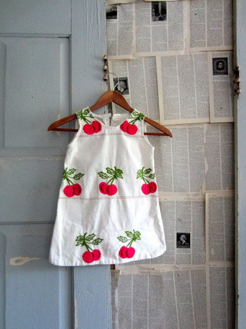 1950s LIttle Girls Embroidered Cherry Dress $26.00