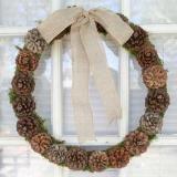 Linked to: www.triedandtrueblog.com/pine-cone-christmas-wreath/