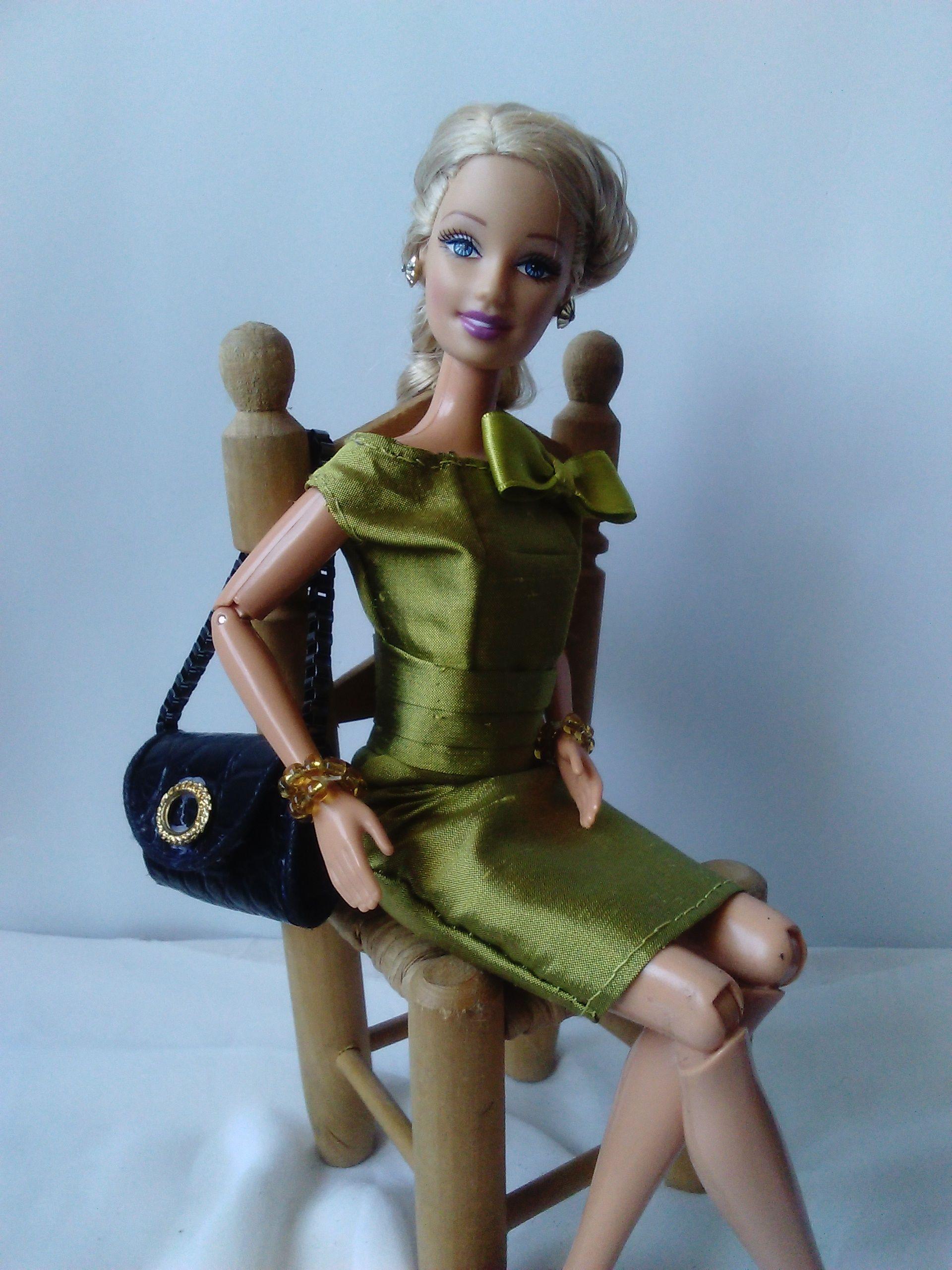Vestido para #Barbie en seda verde, diseño exclusivo N&K | N&K Moda ...