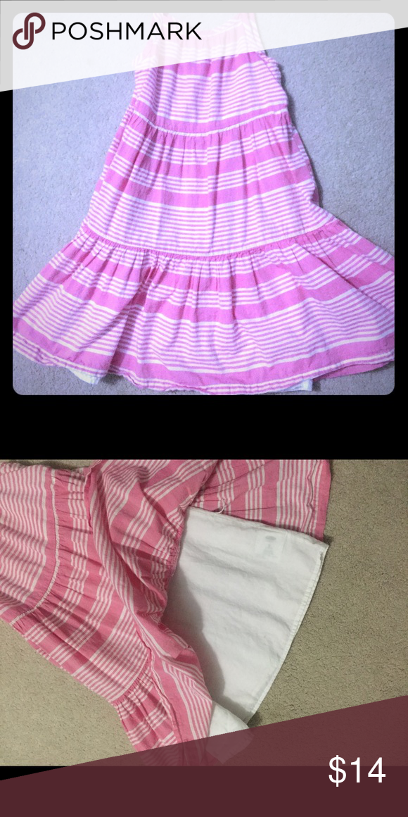 EUC girls dress Pink and white girls dress in excellent shape Old Navy Dresses