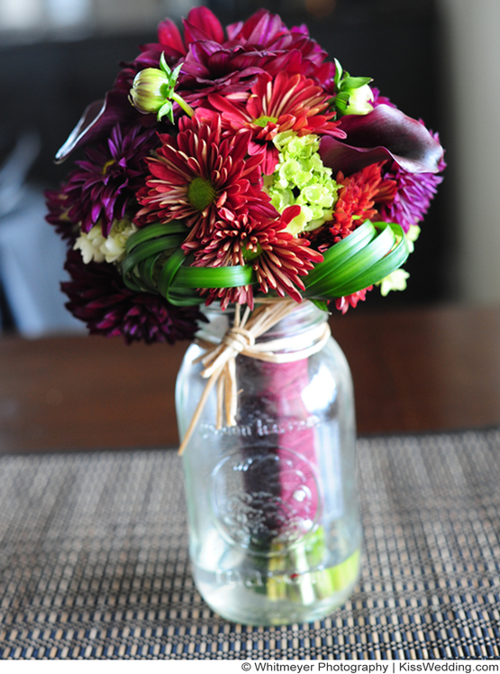 Chrysanthemum bouquet for fall simple wedding bouquet for Simple fall bridesmaid bouquets