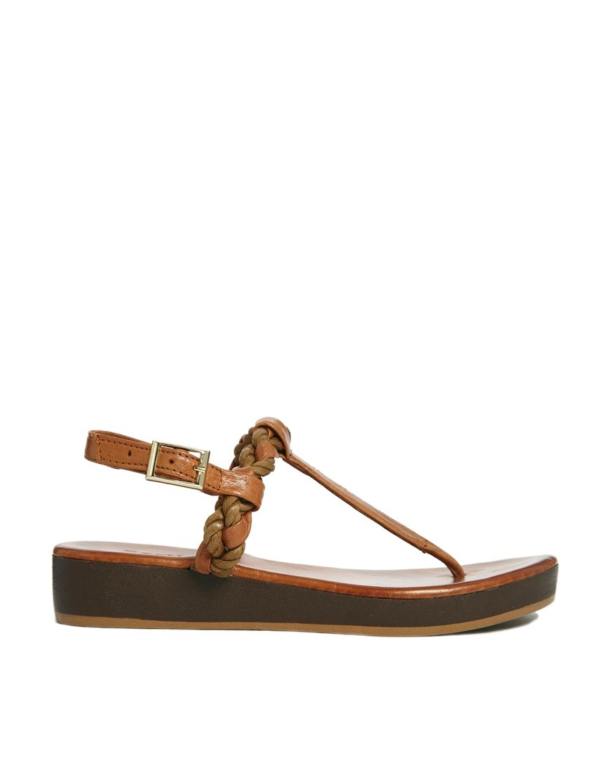 137e93f20c51 Bertie Jar Woven Tan Leather Toe Post Flat Sandals