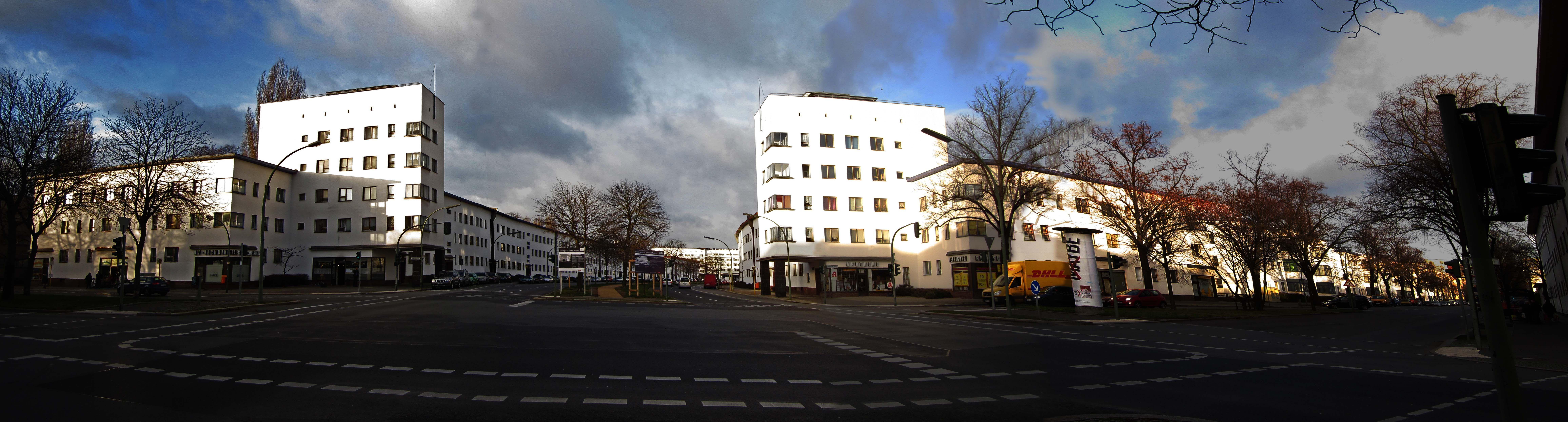 Weiße Stadt, Bauhaus architecture, Berlin  Bruno Ahrends, Wilhelm Büning und Otto Rudolf Salvisberg 1914-1938