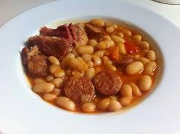Ingredientes 1 Bote De Alubias Cocidas 100 Gr De Panc Alubias Con Chorizo Recetas Con Chorizo Alubias Blancas