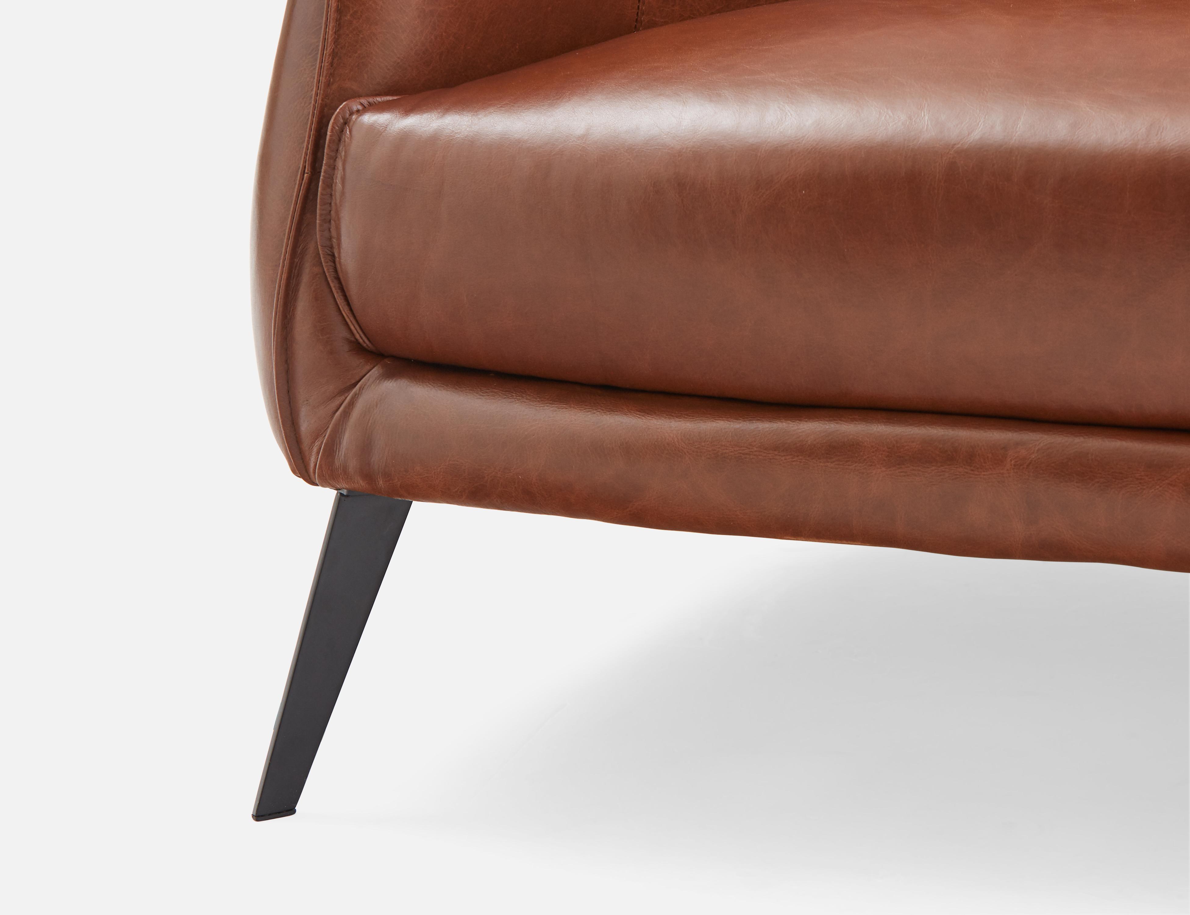 Brown Leather Studio Sofa Struc
