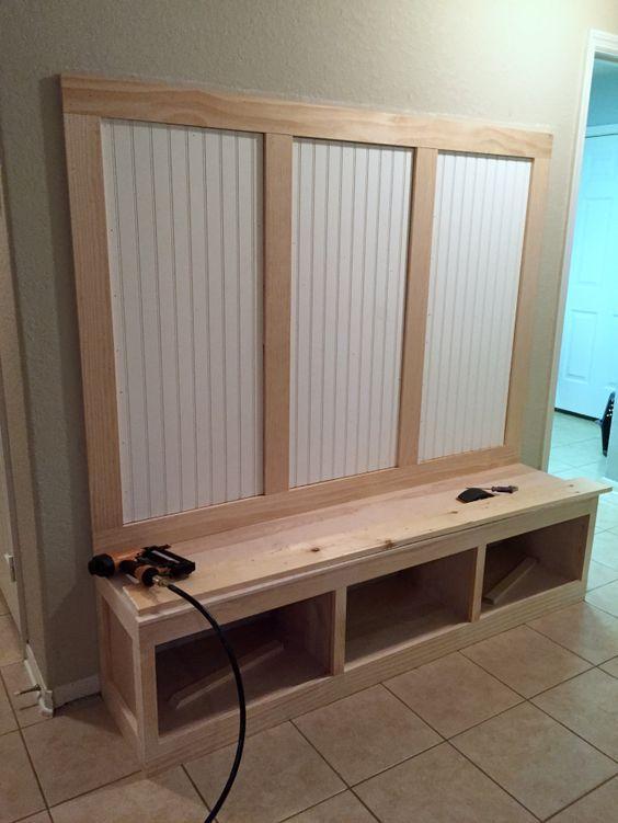 Entryway Mudroom Tutorial | Pintando muebles, Pintar y Ideas