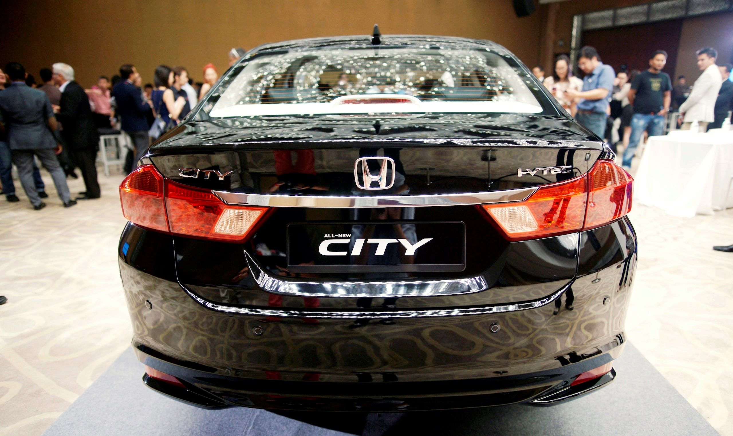 Honda city 2014 model in black color