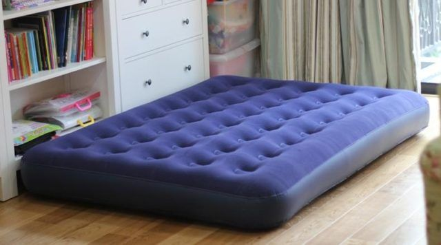 Can You Put An Air Mattress On A Bed Frame Air Mattress Frame Making A Bed Frame King Size Air Mattress