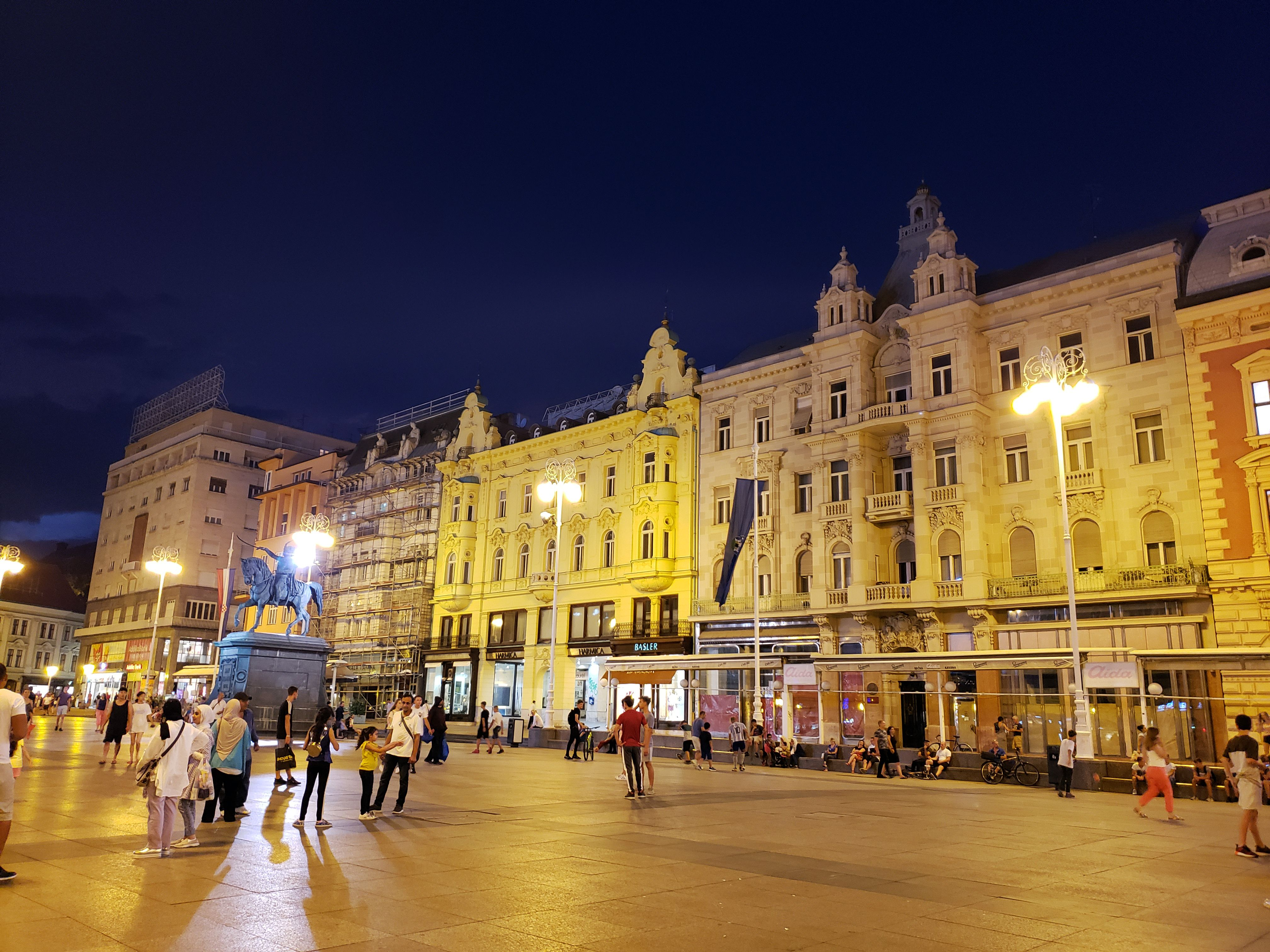 A Complete City Guide To Zagreb Croatia Where In The World Is Tosh Day Trip City Guide Trip