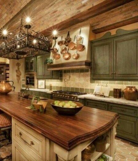 Preciosas cocinas de estilo toscano | Piani di lavoro cucina, Armadi ...