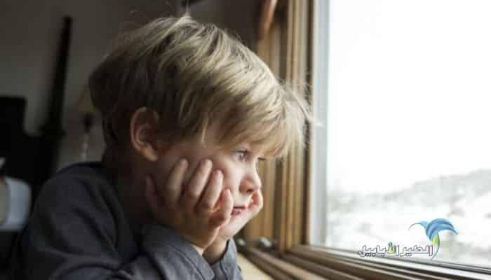 صور اطفال حزينة اروع 80 صورة طفل حزين مع اكبر البوم عربي شو هالجمال الطير الأبابيل