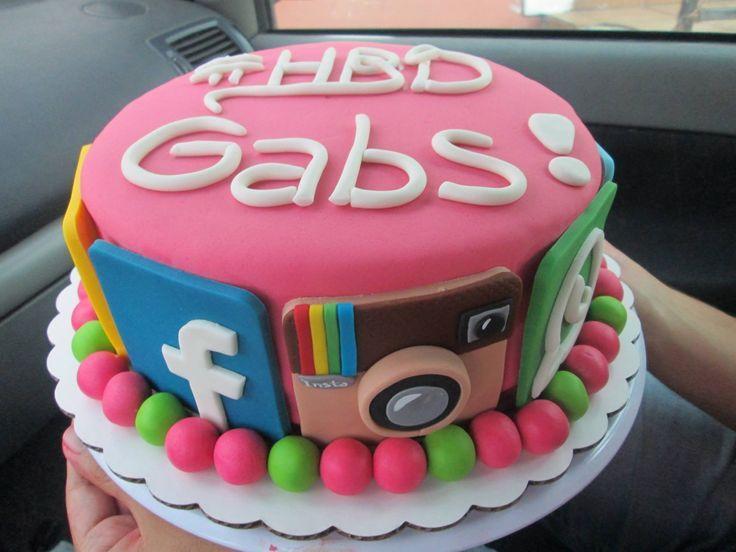 832cf43f17d3b29079ca97c2decd76c6jpg 736552 Up themed cakes