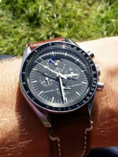 Omega Speedmaster Professional - Moonphase on brown leather Catalania strap