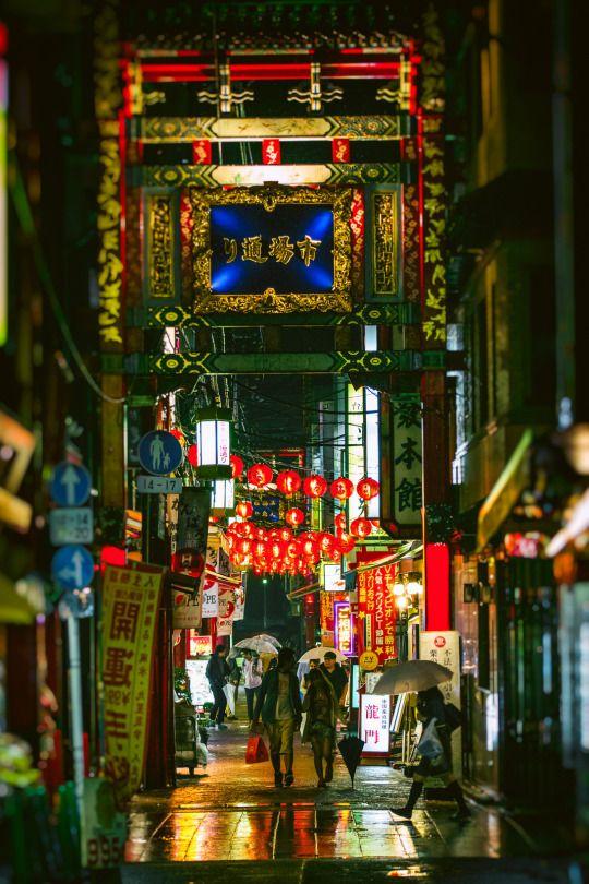 横浜中華街 by Sandro Bisaro on Flickr.