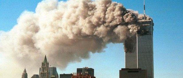 http://ibezi.net/john-lear-nebyla-to-letadla-co-zbouralo-mrakodrapy-wtc/