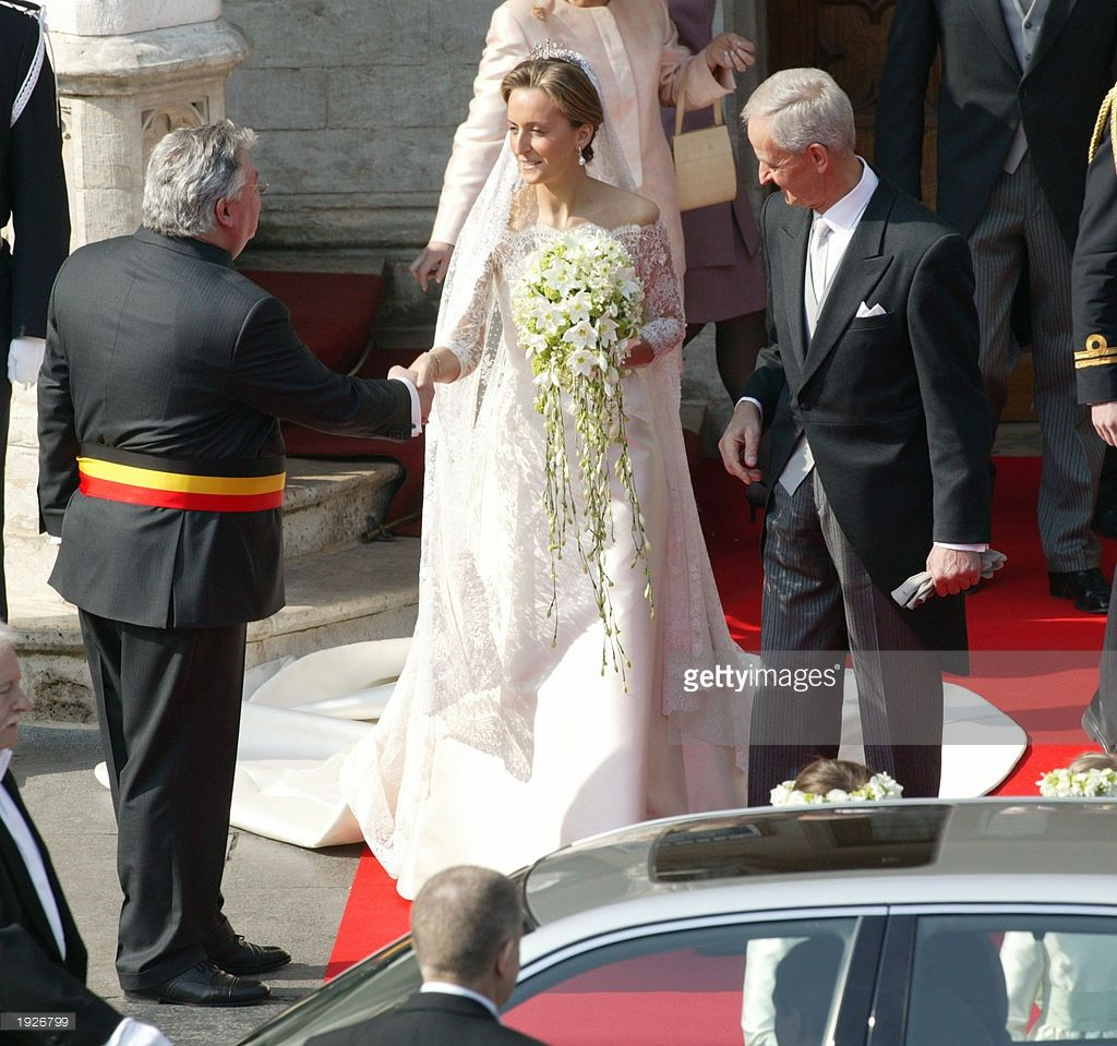 Princess Claire Coombs And Her Father Nicolas Coombs Leave Brussels Wedding Bride Wedding Wedding Dresses Lace [ jpg ]