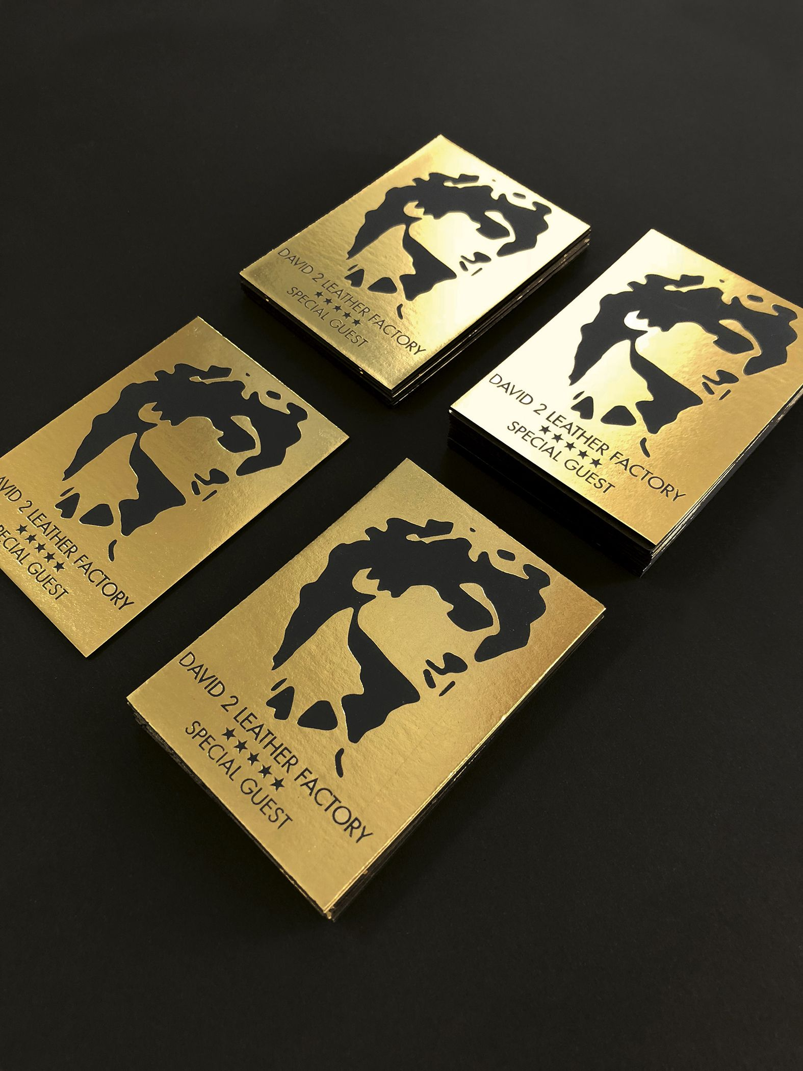 Sophisticated business cards on black paper 850 gr thick and gold ...