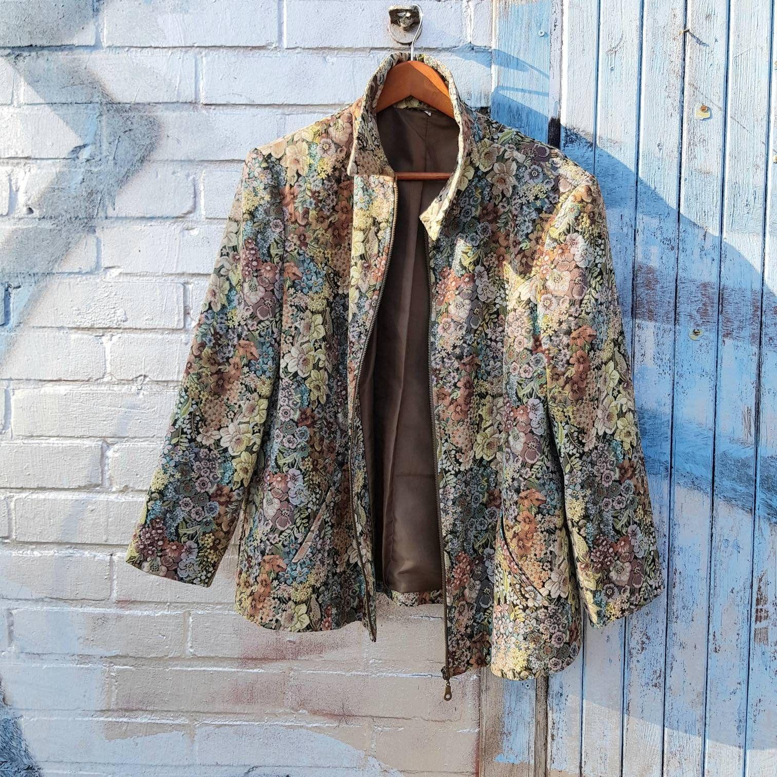 Vintage Flower Blazer 90s Jacket Black Jacket Pink Top Festival Style Boho Handmade