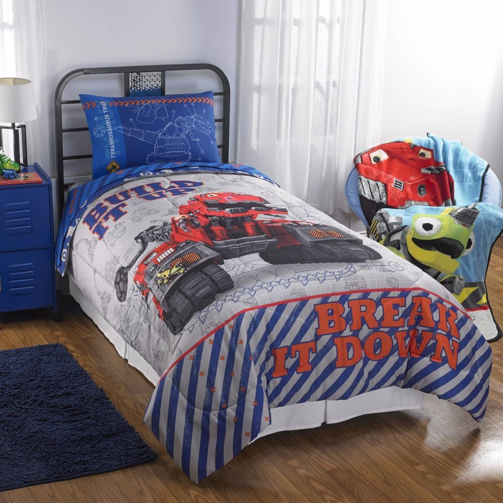 reversible comforter twinfull size x will fit twin or full size beds includes comforter flat sheet fitted sheet and 2 pillowcases