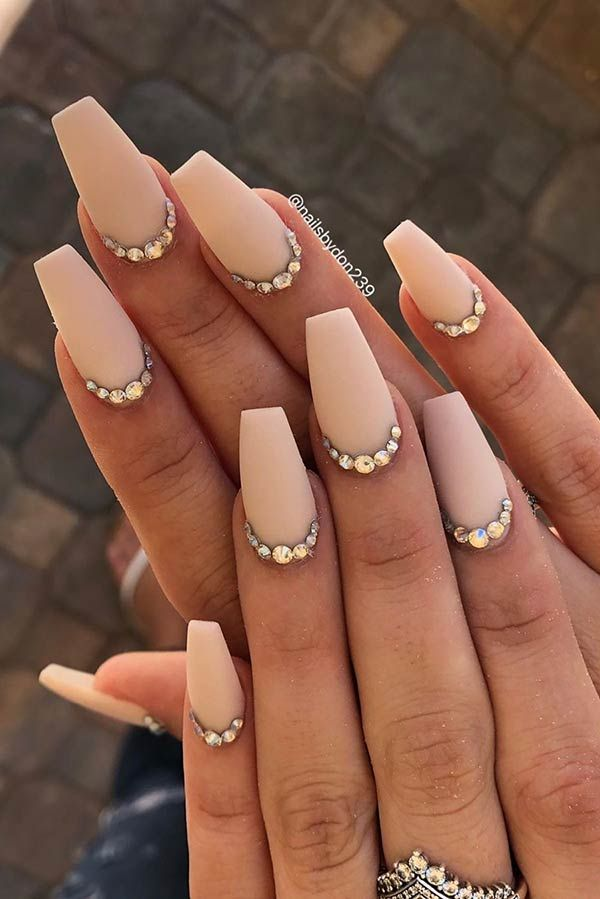 63 Different Ways to Wear Nude Nails This Year | Page 6 of