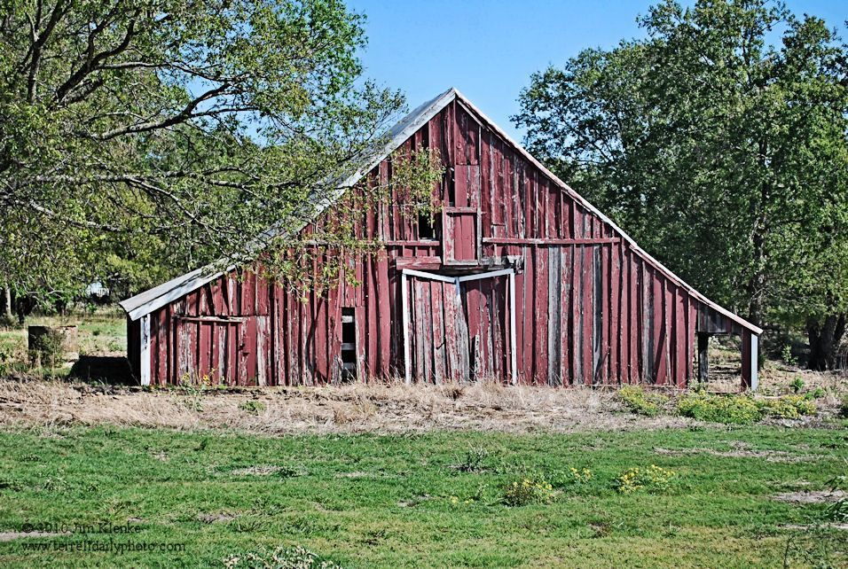Do you what was used to make paint for old barns?