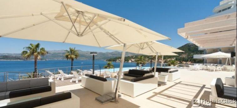 L'Hotel Lafodia Sea Resort, collocato sull'isola pedonale di #Lopud, in #Croazia, offre un'esclusiva area benessere, spiaggia privata, palestra attrezzata e 2 piscine all'aperto con magnifiche viste panoramiche.  https://www.hotelsclick.com/alberghi/croazia/isola-di-lopud-dalmazia/89896/hotel-lafodia-sea-resort.html